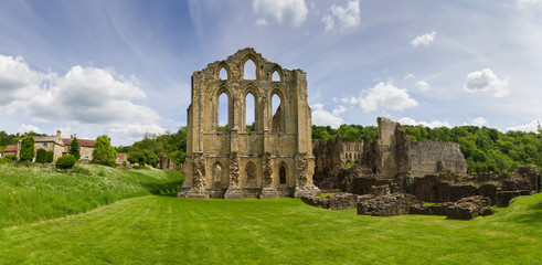 Aluminium Prints Ruins Rievaulx abbey, English heritage, North Yorkshire