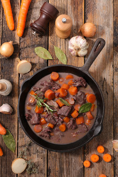 boeuf bourguignon, beef stew with wine and carrot