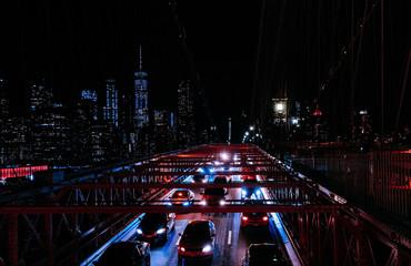 the brooklyn bridge illuminated at night Fotomurales
