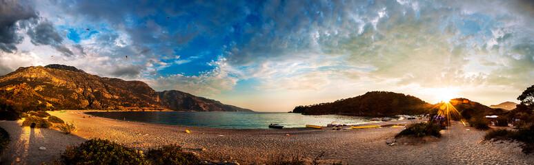 Foto op Aluminium Zee zonsondergang Panaromic Landscape Beautiful