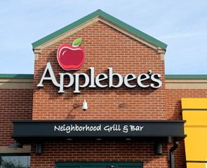 Applebee's Restaurant Sign
