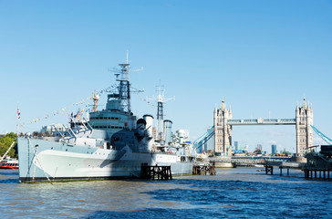 HMS. Belfast cruiser and Tower bridge in 13. September 2019. London ( UK )