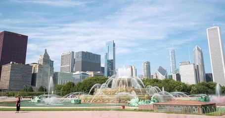 Fototapete - Chicago downtown skyline fountain motion timelapse
