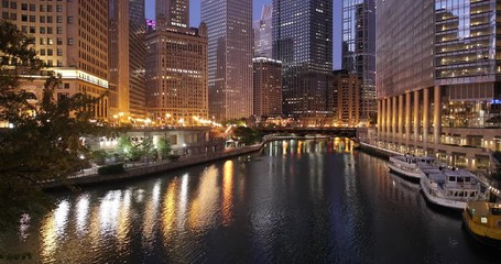 Fototapete - Chicago downtown river buildings skyline dawn sunrise