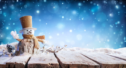 Christmas Card - Winter Incoming - Snowman On Table