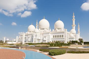 Photo sur Aluminium Abou Dabi Sheikh Zayed Grand Mosque in Abu Dhabi, the capital city of United Arab Emirates.