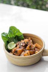 batata harra traditional  lebanese spicy fried potato starter dish