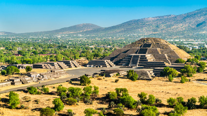 Foto auf Leinwand Kultstatte Pyramid of the Moon at Teotihuacan in Mexico