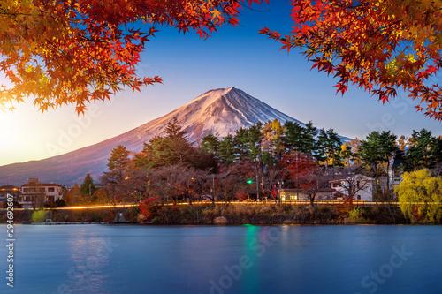 Wall mural Autumn Season and Mountain Fuji at Kawaguchiko lake, Japan.
