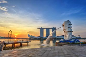 Sunrise at Merlion and Singapore city skyline
