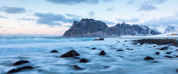 Wintert in Uttakleiv auf den Lofoten
