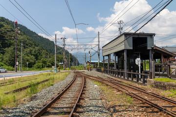勝山駅の鉄道