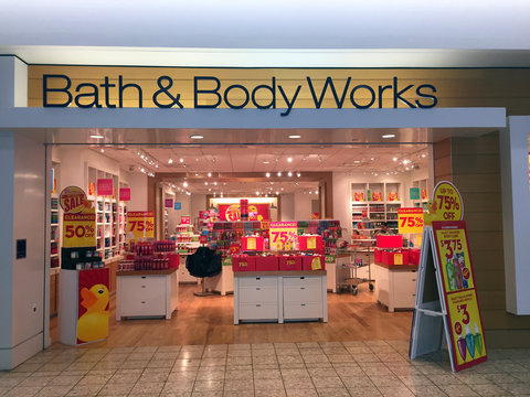 Bath an Body Works Store Front