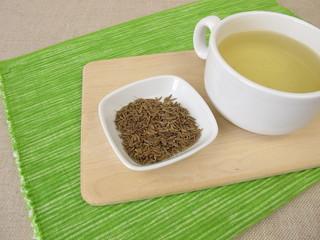 Tea with caraway seeds