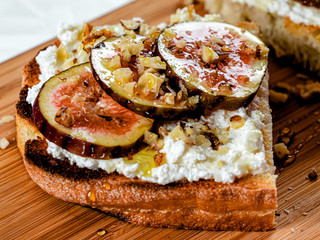 Ricotta And Fig Toast With Honey And Nuts