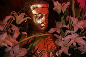 仏教の聖地、インド、ブッダガヤ、大菩提寺。仏像