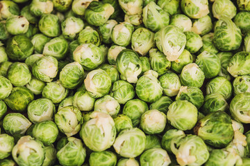 Photo sur Toile Bruxelles Close-up Fresh Brussel Sprouts - Fruit Rural Market