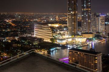 Fotomurales - Open space balcony with Bangkok cityscape skyline view background.