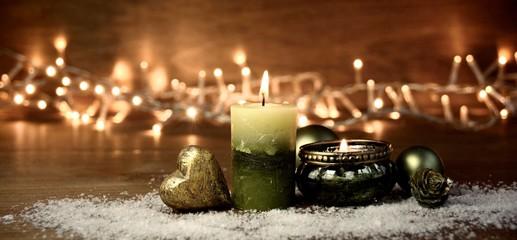 Weihnachten Hintergrund Panorama mit grüner Kerze und Teelicht Wall mural