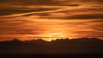 Sonnenaufgang über der Ostschweiz