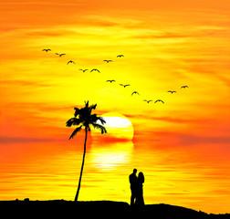 Wall Mural - pareja de novios abrazados mirando el mar