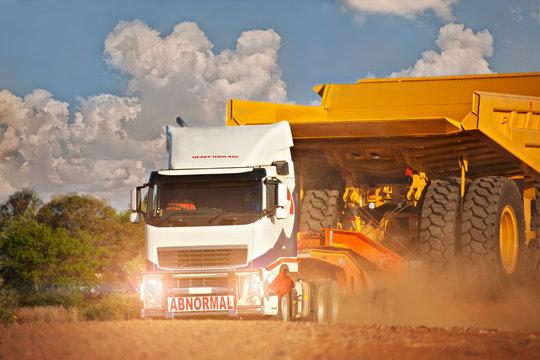 Heavy duty truck abnormal haulage