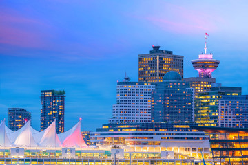 Fotomurales - Beautiful view of downtown Vancouver skyline, British Columbia, Canada