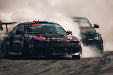 Nissan Silvia S14 in drift