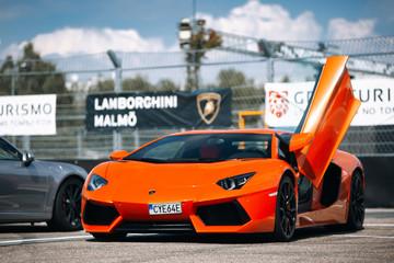 Lamborghini Aventador LP700-4 hypercar