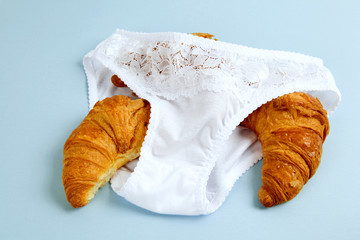 knickers and croissant