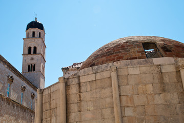 Dubrovnik Croatia: Big Onofrio's fountain and tower of a church in the Old town