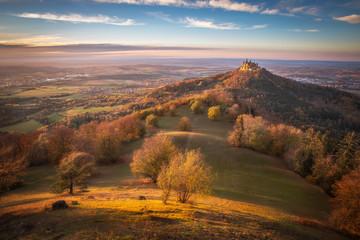 Burg Hohenzollern im Herbst, Baden-Württemberg, Deutschland