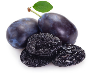 Fototapete - Fresh plums with prunes on white background