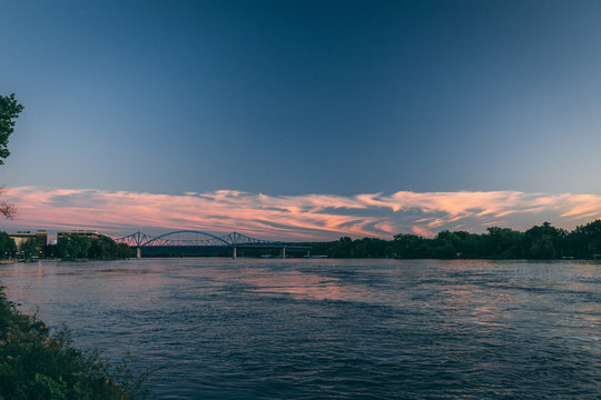sunset on the mississippi river in la crosse wisconsin
