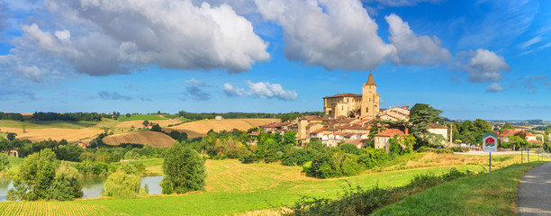 In de dag Oude gebouw Summer landscape - view of the village of Lavardens labeled Les Plus Beaux Villages de France (The Most Beautiful Villages of France), the region of Occitanie of southwestern France