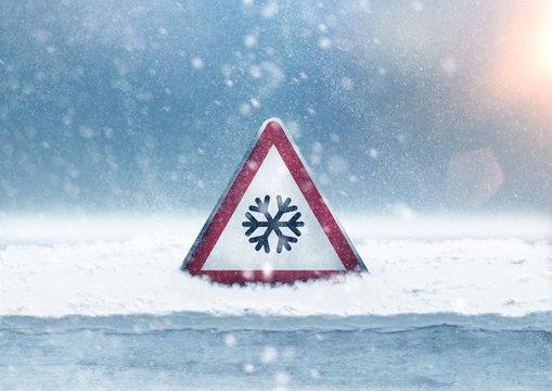 Warning sign snowfall
