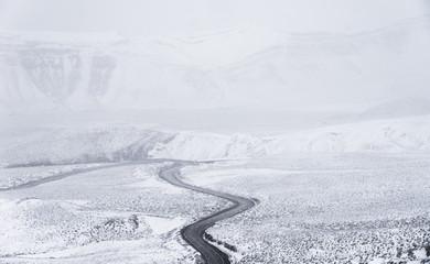 La cuesta de Lipán con nieve, Jujuy Argentina