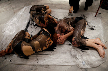 Extinction Rebellion protests BP-sponsored exhibition in London