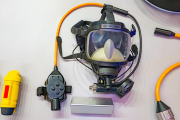 Equipment for industrial diving. Protective mask for work under water. The device for carrying out underwater work. Equipment for work in difficult conditions.