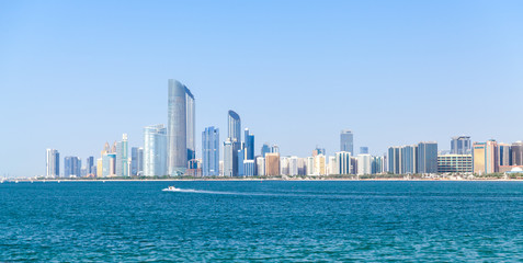 In de dag Abu Dhabi Modern Abu Dhabi cityscape