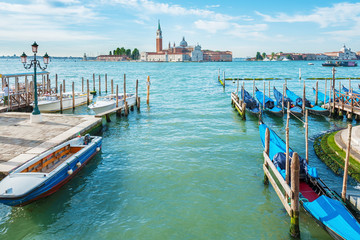 Fototapete - Grand Canal of historical city Venice, Italy