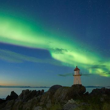 Lighthouse curtain dance