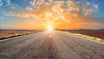 Poster de jardin Morning Glory beauty highway empty road with sunset or sunrise