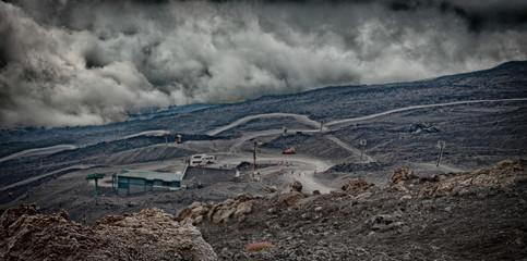 Extinto cráter del volcán Etna Sicilia, Italia. Foto aérea
