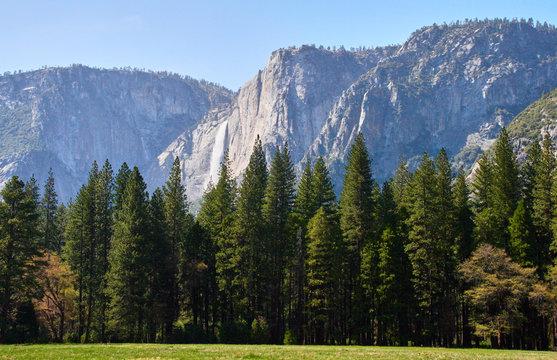 Waterfall view of the Yosemite national park - California