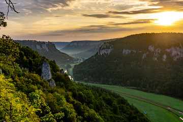 Türaufkleber Beige Donautal Sonnenaufgang