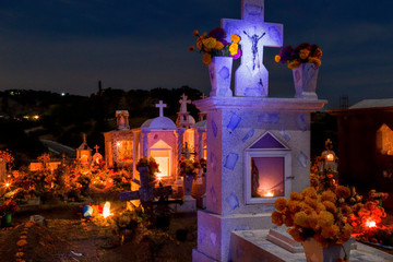 Cemetery decoration in a day of the dead mexican tradition Fototapete