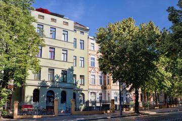 Fotomurales - sanierte altbauten im paulusviertel in halle saale, deutschland