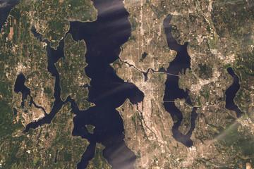 Satellite image of Seattle, USA. Contains modified Copernicus Sentinel data 2019.