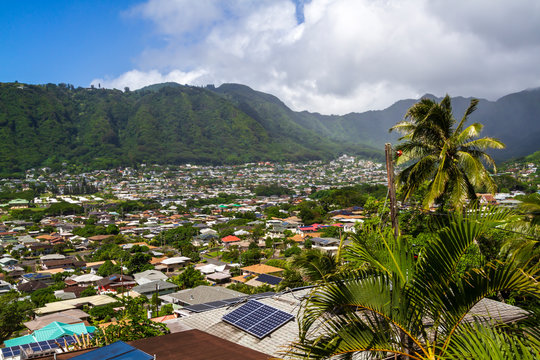 View of Manoa Valley homes on Oahu Hawaii